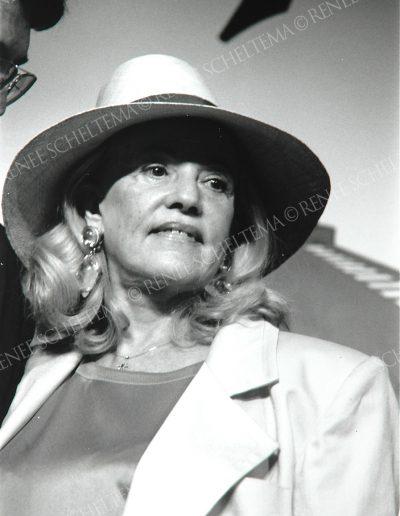 Jeanne Moreau b-w