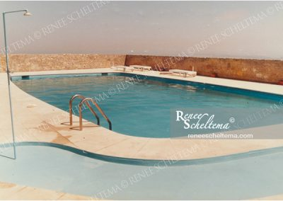 renee_scheltema_travel_pool_empty